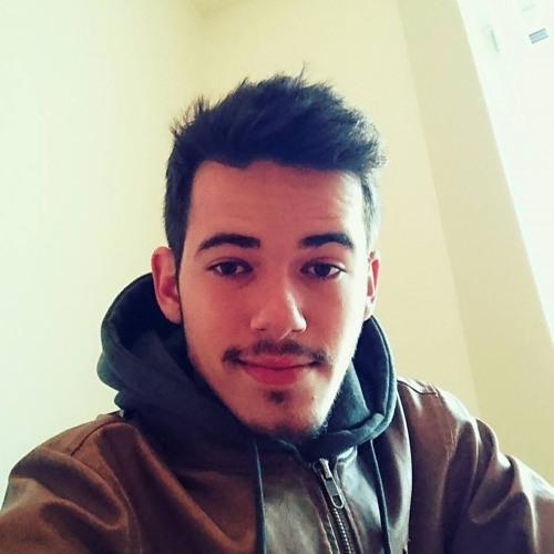 Mike Amaral's avatar