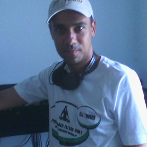 Dj Tinho Carmanhanis's avatar