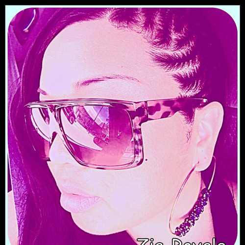 Zia Royale's avatar