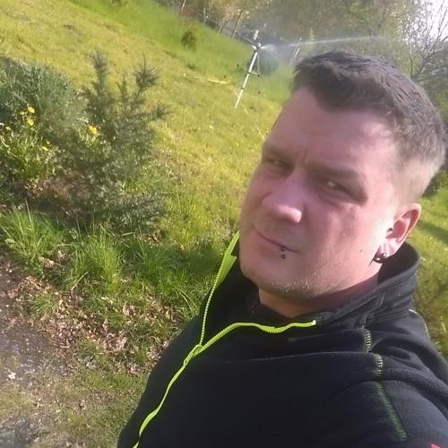 Quik2ilv3r's avatar