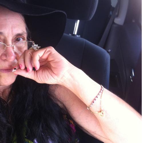 Kay Wright's avatar