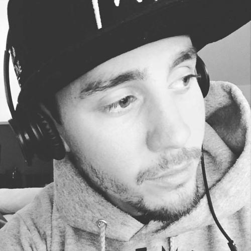 Standadeezy's avatar