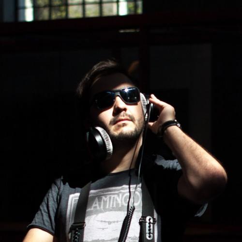 dualtoneradio's avatar