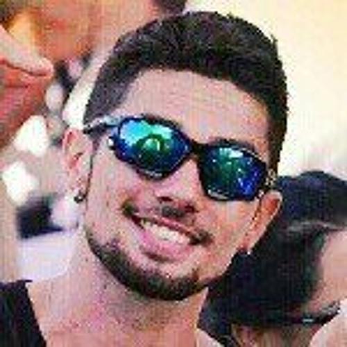 Lukas Ferreeira's avatar