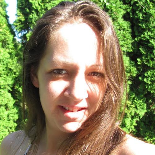 Leah DenAdel's avatar