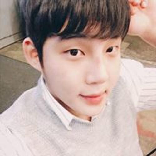 김형철's avatar