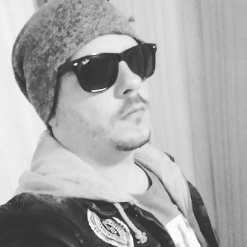 Paulo Capelari's avatar