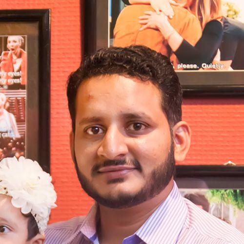 Asher Azad's avatar