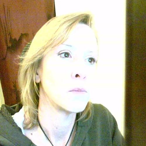 LoriLaa's avatar