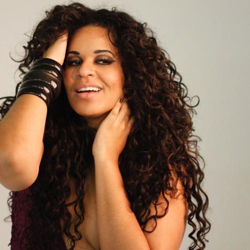 Ana Lonardi's avatar