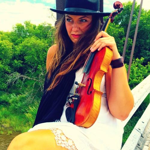 Alysha Klippenstein's avatar