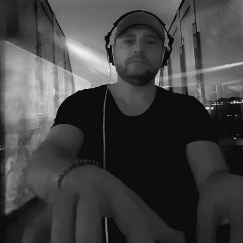DJ MADNESS's avatar