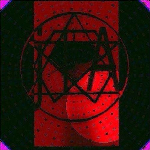 J L A's avatar