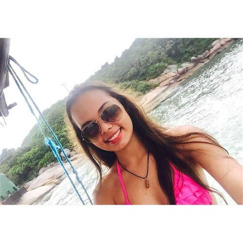Karen Espínola's avatar