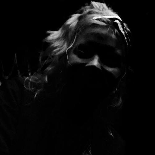 Marie Tange's avatar