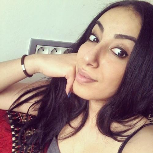 Ouma Boughanmi's avatar