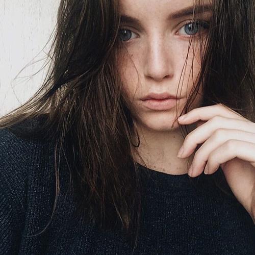 julie-pochon's avatar