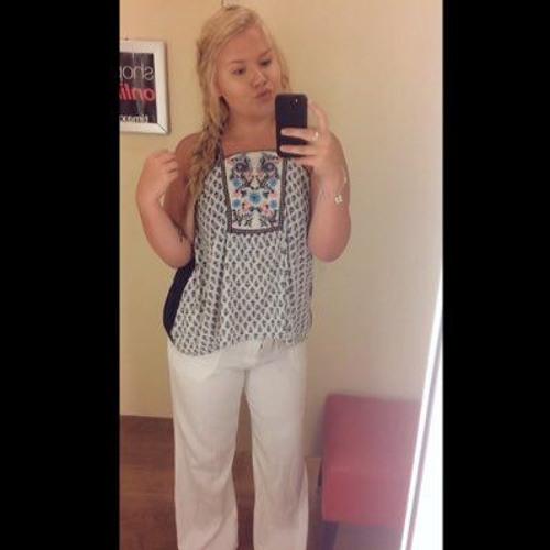 _lindsayrobinson's avatar