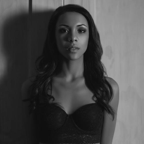 Chloe Rachelle's avatar