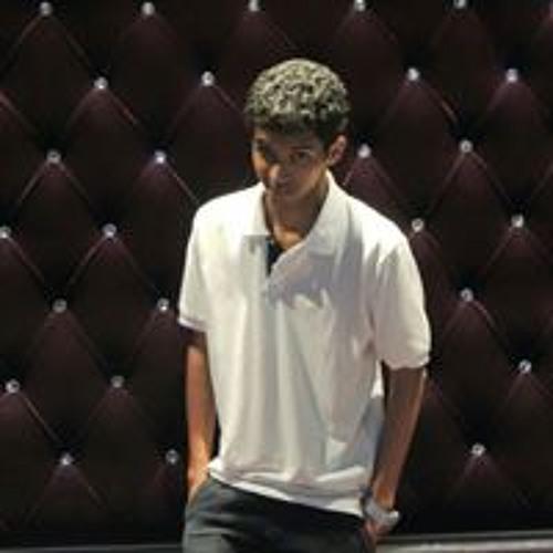 Nihel Thomas's avatar