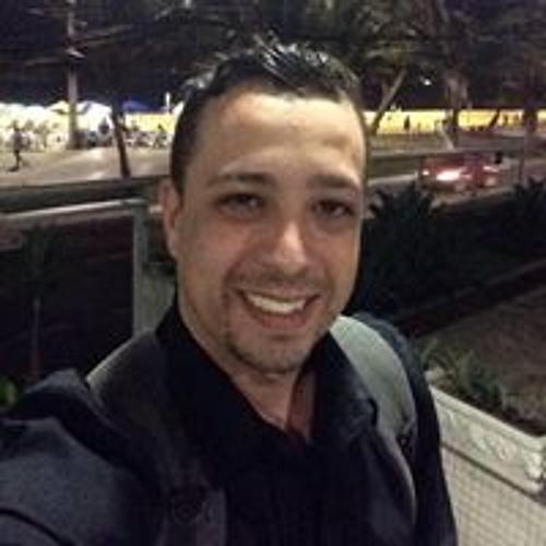 Reinaldo Moraes Jr's avatar