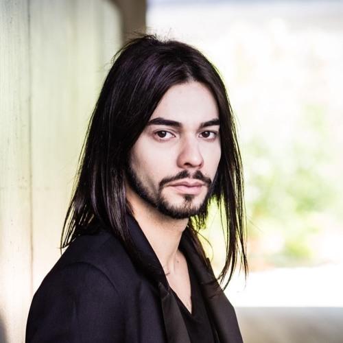 Leo Luganskiy's avatar