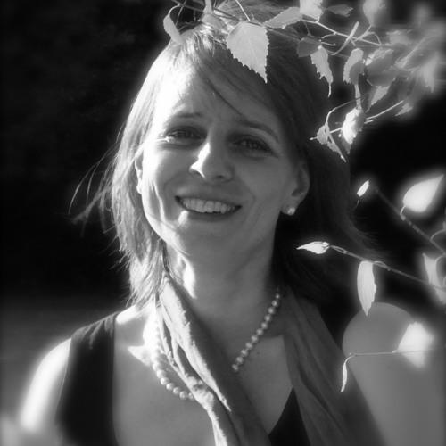 Karina Lejeune's avatar