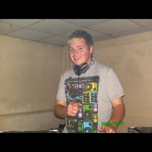 DJ Ryan A's avatar