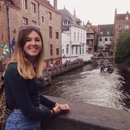 Sarah Derrick's avatar