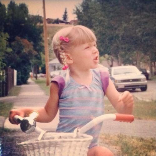 Emily Walker's avatar