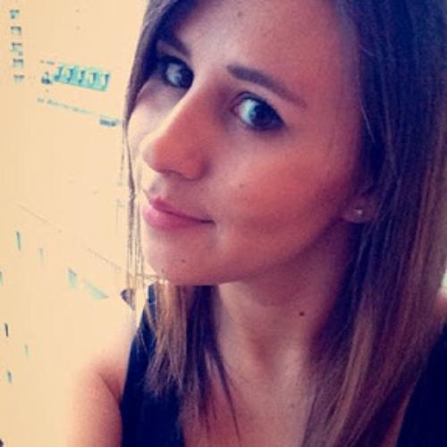 Vanessa Moutinard's avatar