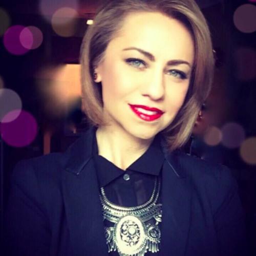 Lydia Stratus's avatar
