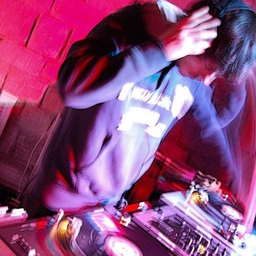 DJ HIGHJO's avatar