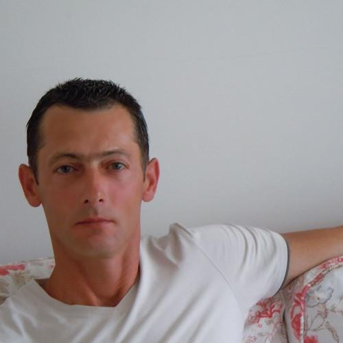 Fabian Mihai's avatar