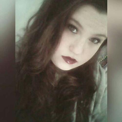 julihurrr's avatar