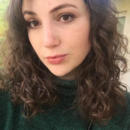 Emily Holzer's avatar