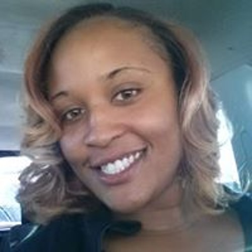 Lia Moore's avatar
