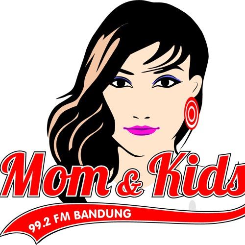 MOMANDKIDS RADIO's avatar