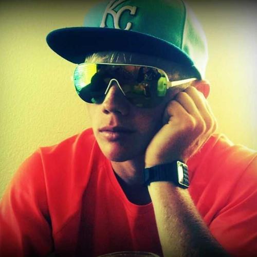 Tyler Scott 25 ✪'s avatar