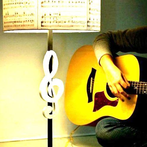 LareeEmeline Music's avatar