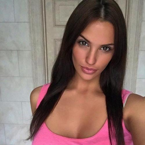Aura Fabien's avatar