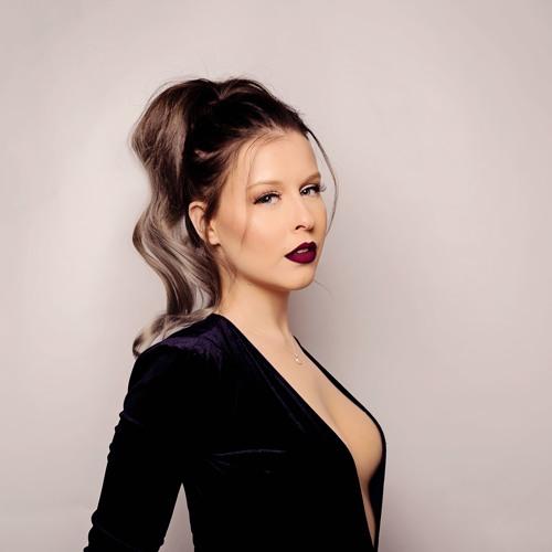 FelicityRobinson's avatar
