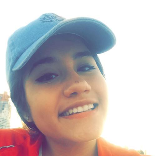 VeronicaDarko's avatar