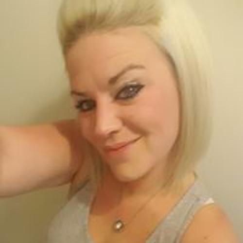 Carrie Tanner's avatar