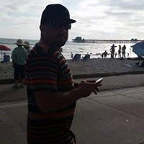 Erik Simpson's avatar