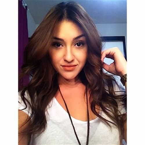 Victoria Prado 7's avatar