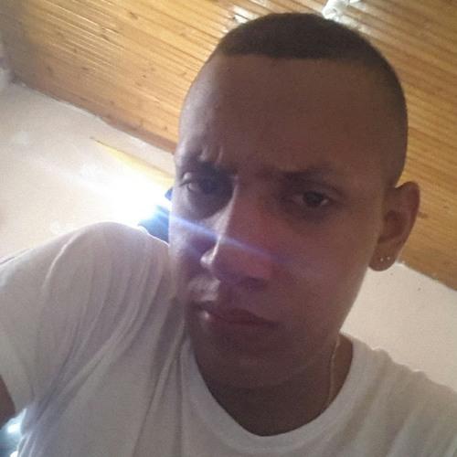 Alex Acuña jr's avatar