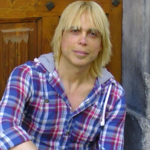 Charbel Moreno's avatar