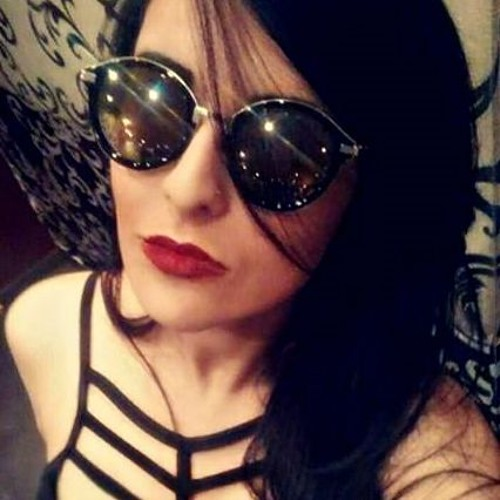Natália Kavalhiere - Nathy's avatar