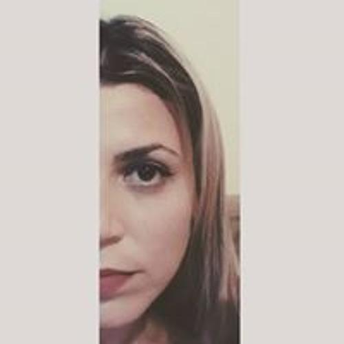 Satriano Perfetto Natália's avatar